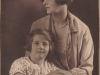 nesta-syme-nee-molteno-and-her-daughter-val