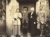 percy-and-bessie-moltenos-silver-wedding-w-margaret-and-jervis-glen-lyon-sept-1914
