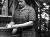 polly-pelagaja-mischina-washing-up-on-toskan-finland