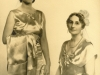 virginia-molteno-with-her-mother-lucy-ready-to-be-presented-at-court-c-1930