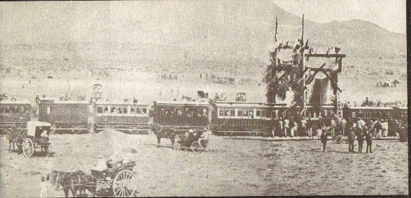 http://www.moltenofamily.net/wp-content/gallery/transport/train-first-one-to-reach-graaff-reinet-august-1879.jpg