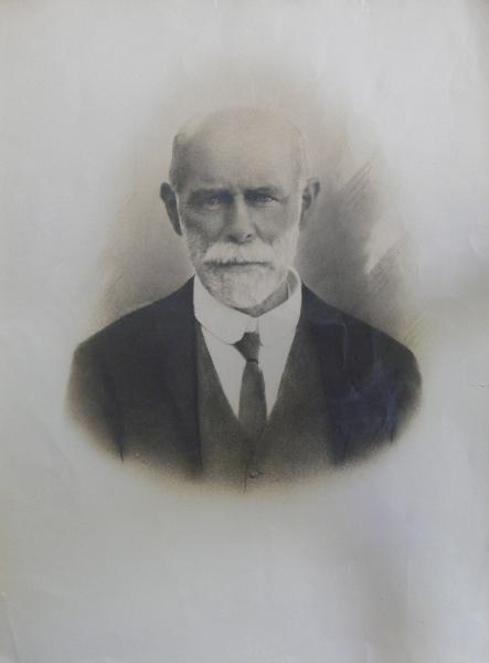 frank-molteno-portrait