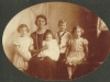 islay-molteno-w-her-four-eldest-l-to-r-pamela-loveday-ian-dierdre-1924