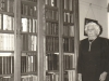 kathleen-murray-in-her-library-at-palmiet-river-elgin-1960s