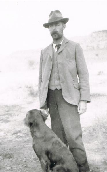 wallace-molteno-probably-dog-c-1900