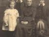 bessie-molteno-her-3-children-margaret-charlie-and-jervis-c-1900