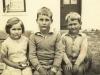 carol-williamson-nee-molteno-arthurs-children-margaret-deneys-pook-at-millers-point-1934