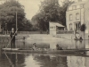 cambridge-punting-possibly-george-murray-on-the-river-c-1914